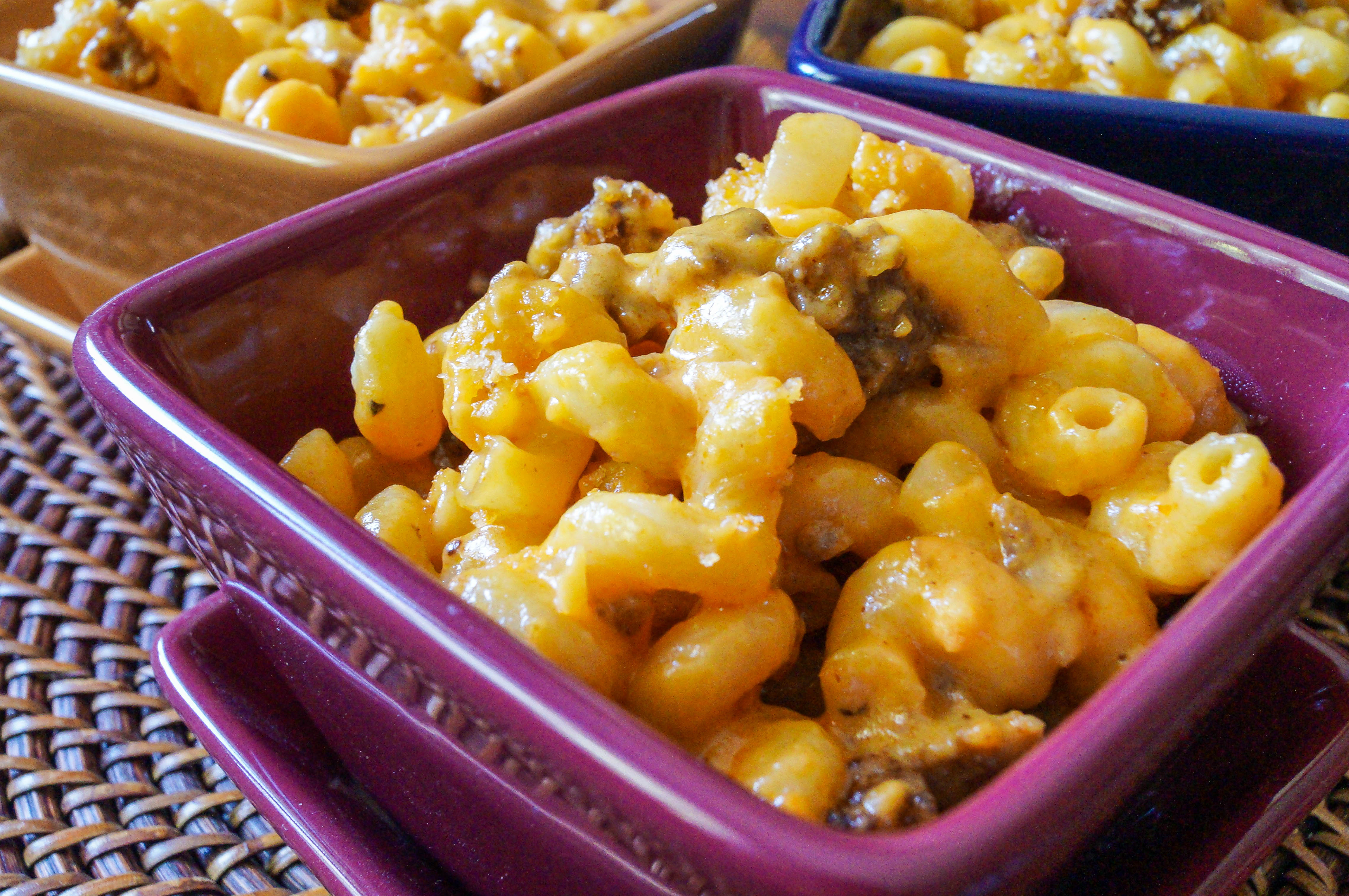 Mac and Cheese With A Hint Of A Popular Spicy Sausage - Fiercefork